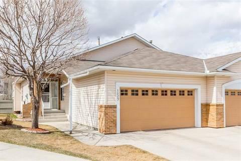 Townhouse for sale at 159 Hidden Valley Green Northwest Calgary Alberta - MLS: C4238613