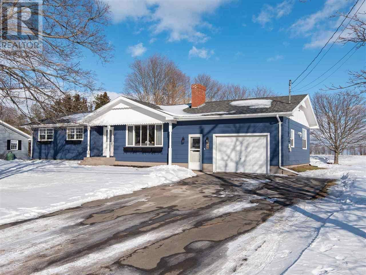 House for sale at 159 Mason Rd Stratford Prince Edward Island - MLS: 202002002