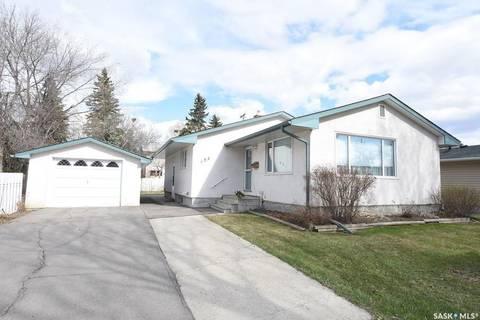 House for sale at 159 Massey Rd Regina Saskatchewan - MLS: SK770719