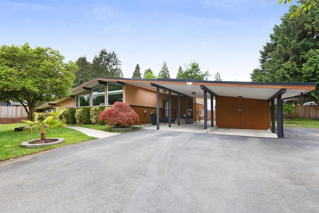 For Sale: 1591 Lincoln Avenue, Port Coquitlam, BC   4 Bed, 2 Bath House for $1,325,000. See 20 photos!