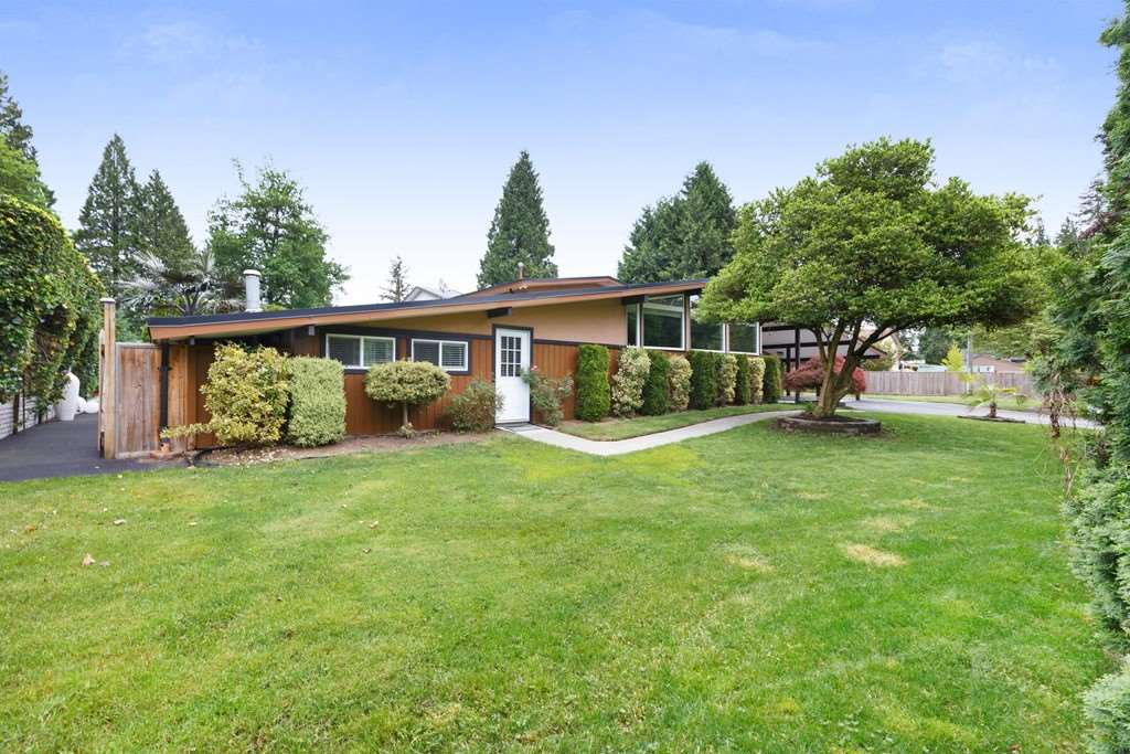 For Sale: 1591 Lincoln Avenue, Port Coquitlam, BC | 4 Bed, 2 Bath House for $1,285,000. See 20 photos!