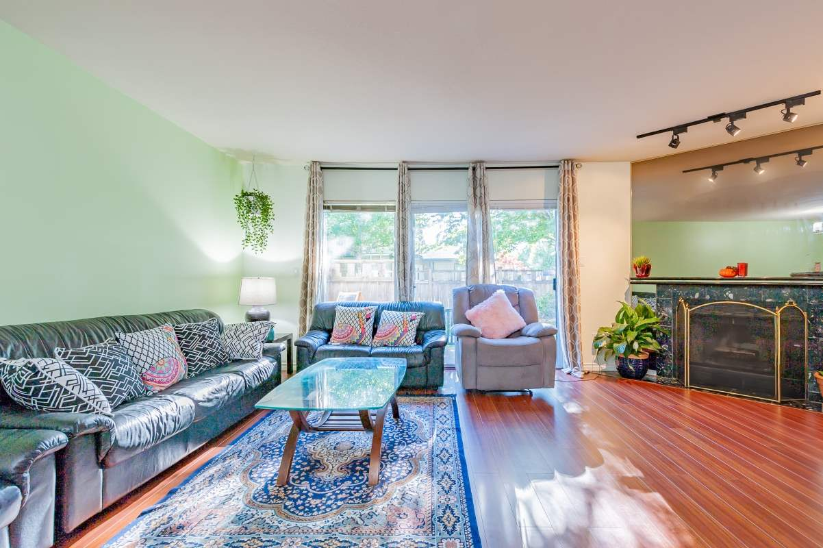 For Sale: 1593 Augusta Avenue, Burnaby, BC | 3 Bed, 3 Bath Townhouse for $995,000. See 20 photos!