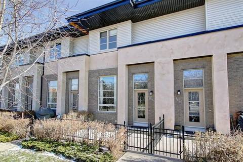 Townhouse for sale at 1594 93 St Southwest Calgary Alberta - MLS: C4275324