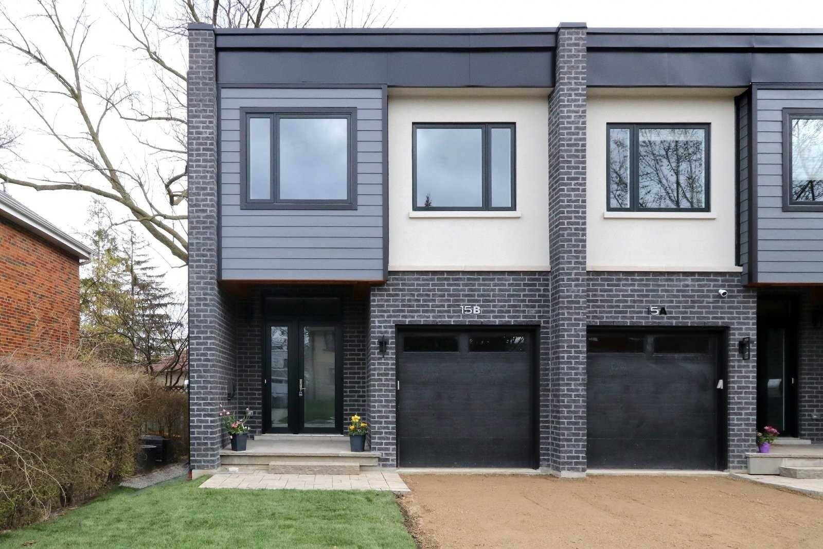 Townhouse for sale at 15 Tecumseth Ave Mississauga Ontario - MLS: W4491994