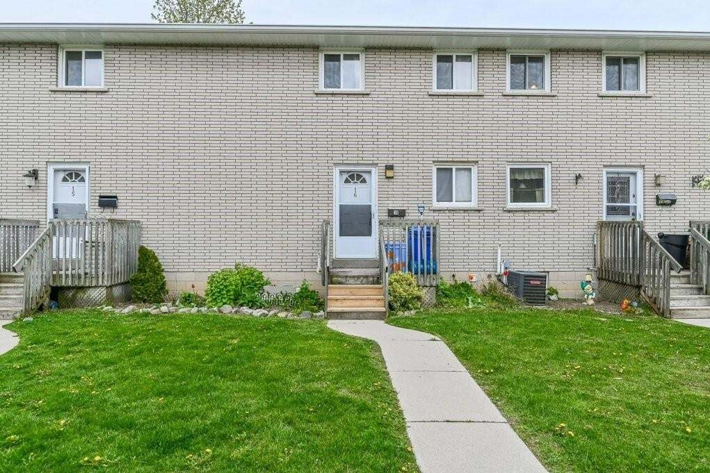 Townhouse for sale at 11 Colmar Pl Unit 16 Dundas Ontario - MLS: H4078008