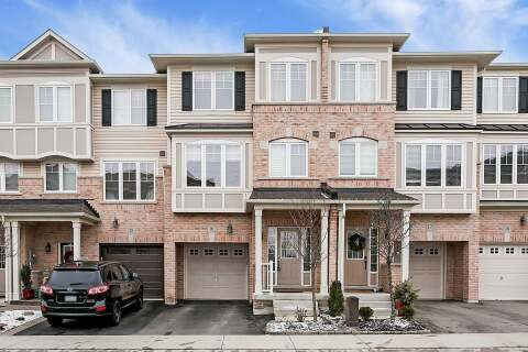 Townhouse for rent at 2006 Trawden Wy Unit 16 Oakville Ontario - MLS: W4781351