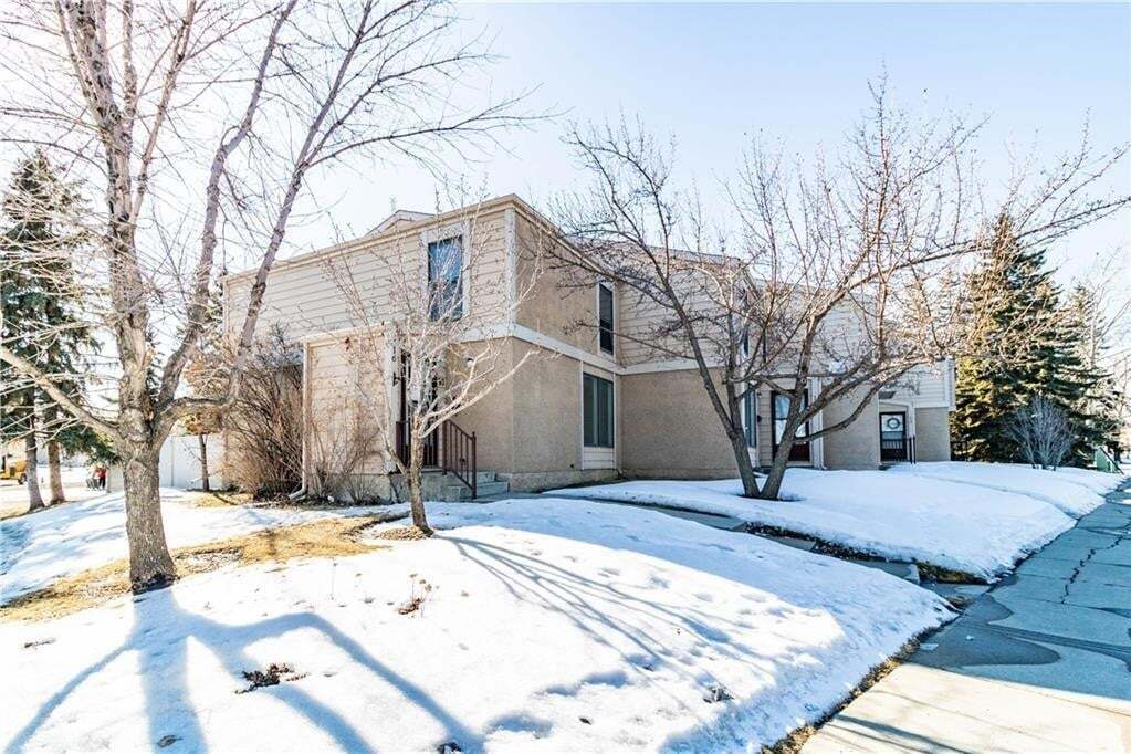 Townhouse for sale at 2319 56 St NE Unit 16 Pineridge, Calgary Alberta - MLS: C4290250