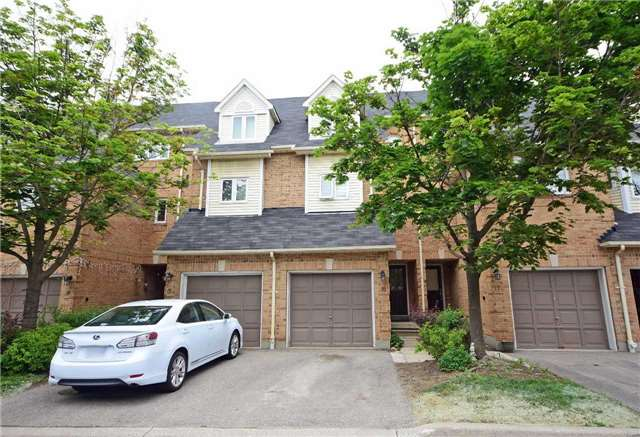 Buliding: 45 Bristol Road, Mississauga, ON