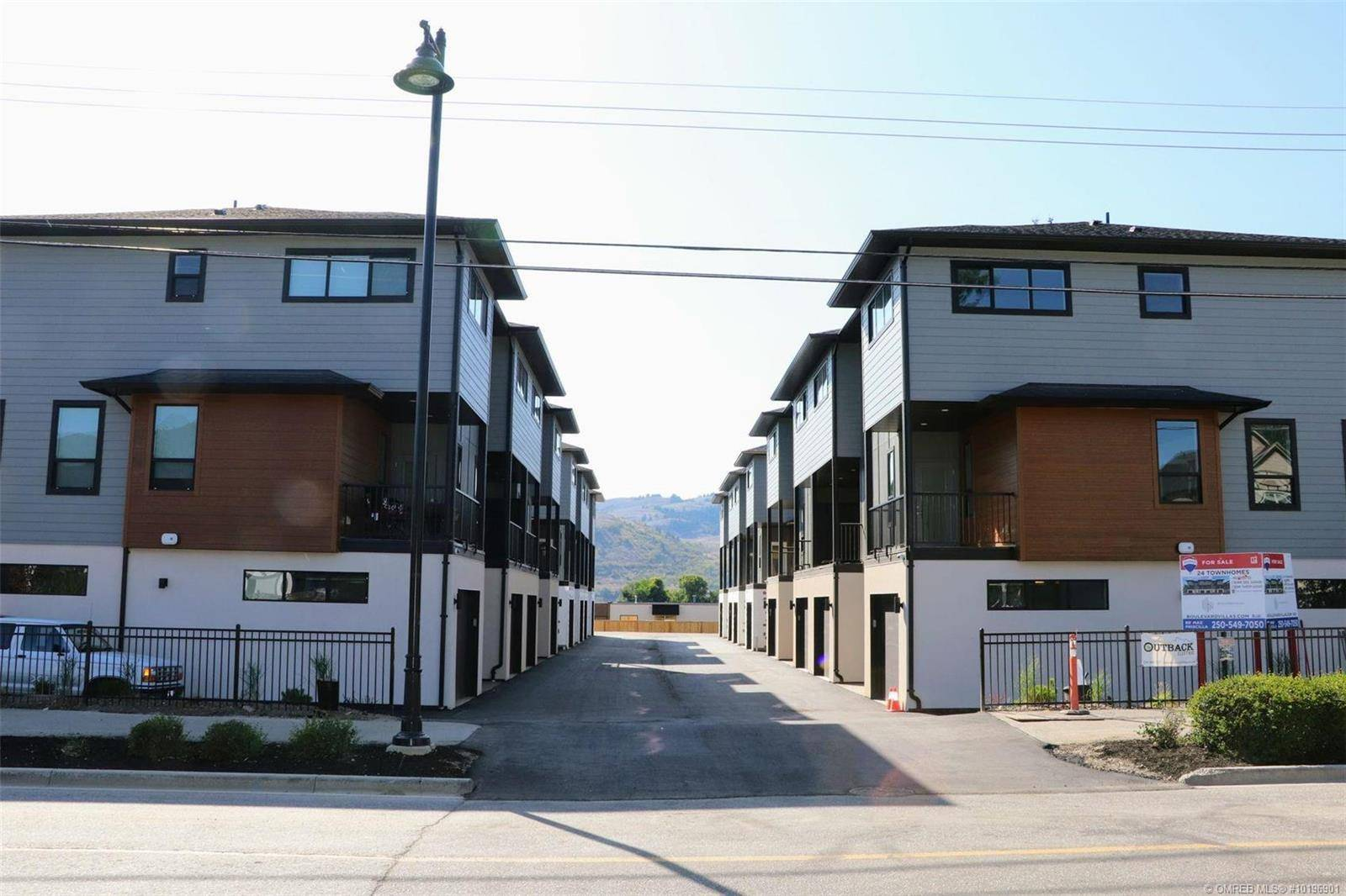 Townhouse for sale at 4602 20 St Unit 16 Vernon British Columbia - MLS: 10196901