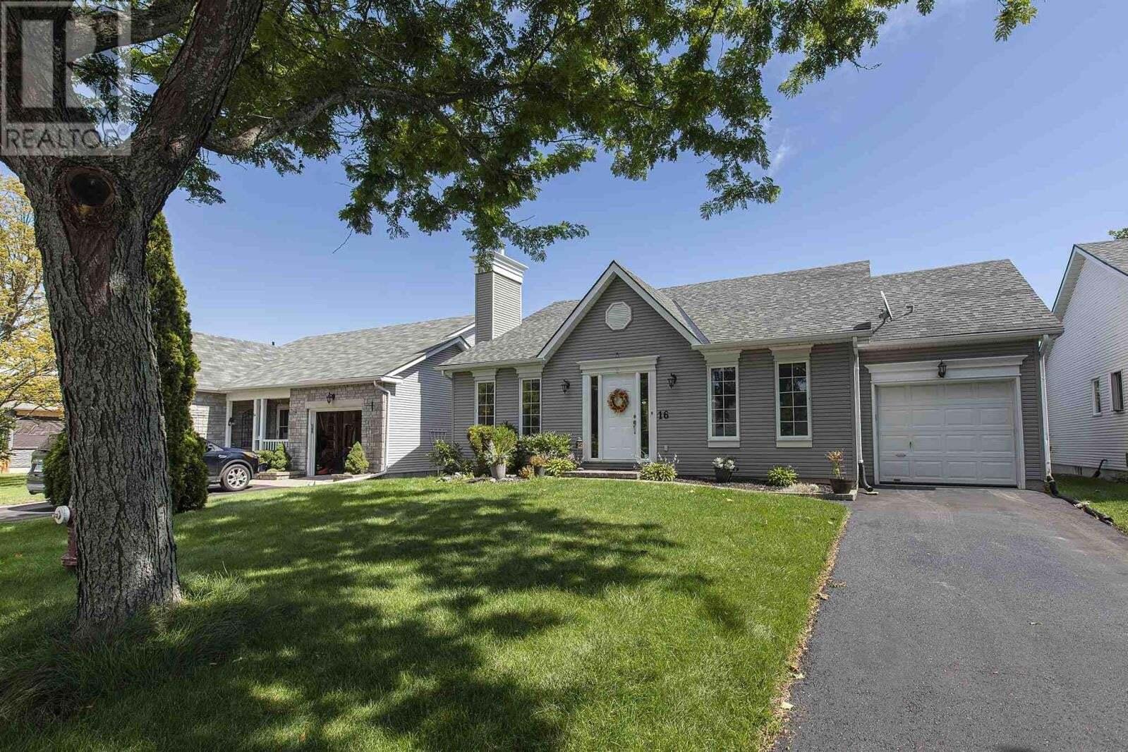 House for sale at 16 Abbey Dawn Dr Bath Ontario - MLS: K20005107