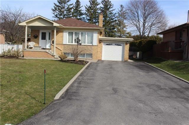 Removed: 16 Abercorn Road, Markham, ON - Removed on 2018-11-03 09:54:31