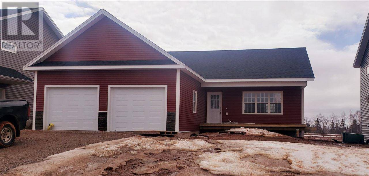 House for sale at 16 Alice Ave East Royalty Prince Edward Island - MLS: 202002255