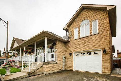 House for sale at 16 Amalfi Ct Vaughan Ontario - MLS: N4481548
