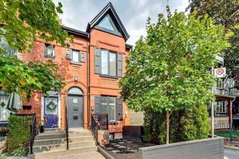 Townhouse for sale at 16 Austin Ave Toronto Ontario - MLS: E4961093
