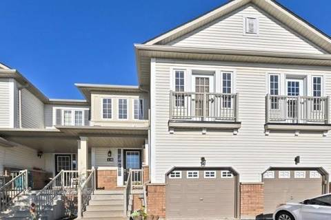 Townhouse for sale at 16 Barkdale Wy Whitby Ontario - MLS: E4621738