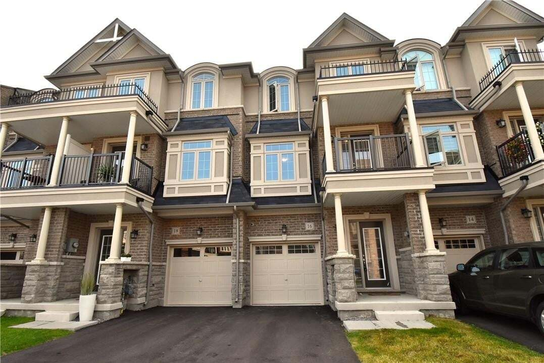 Townhouse for sale at 16 Borers Creek Circ Hamilton Ontario - MLS: H4088593