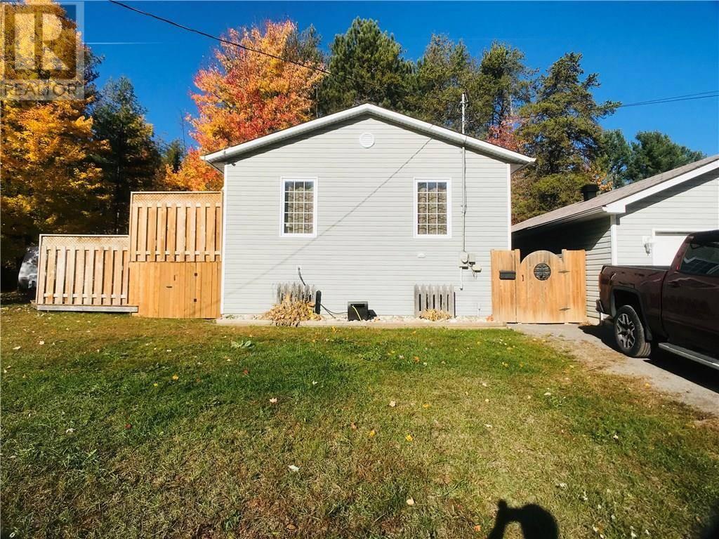 House for sale at 16 Cherry Ln Petawawa Ontario - MLS: 1172650