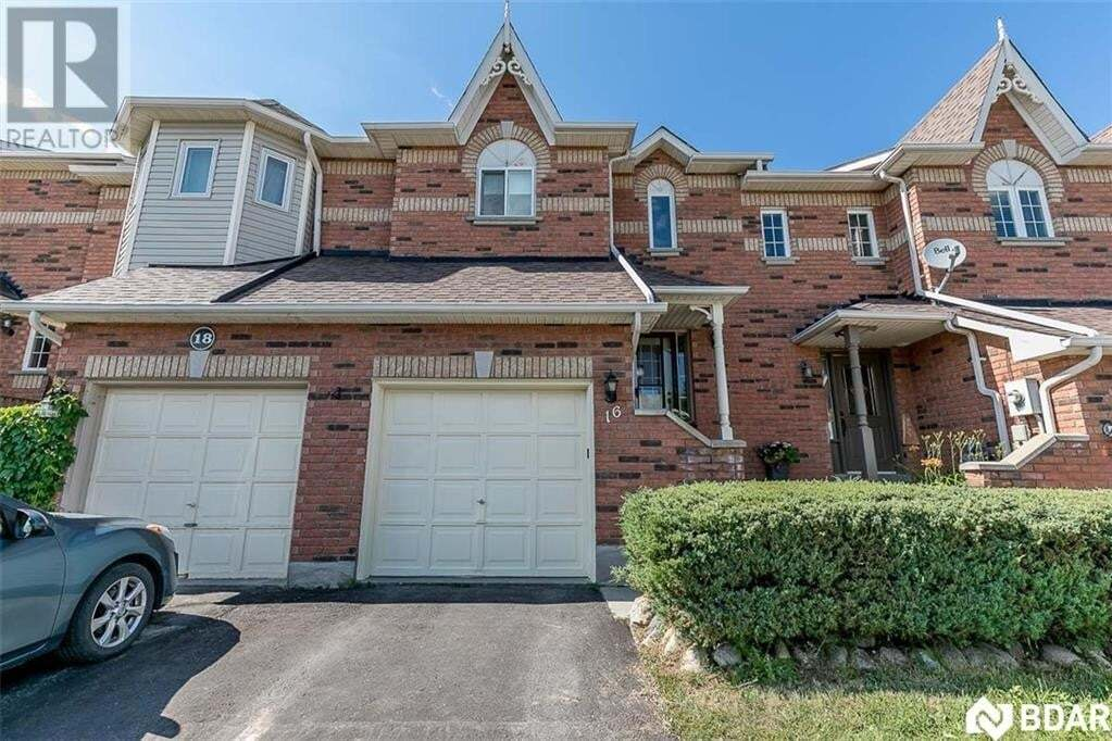 Townhouse for sale at 16 Drake Dr Barrie Ontario - MLS: 30816360