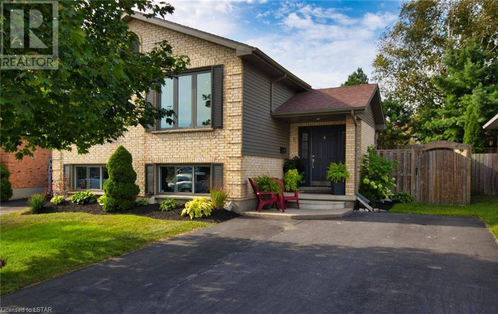 House for sale at 16 Farmington Ave Aylmer Ontario - MLS: 220689