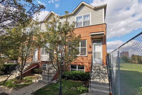 Townhouse for sale at 16 Florist Ln Toronto Ontario - MLS: E4968550