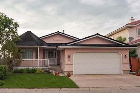 16 Hawkmount Heights Northwest, Calgary | Image 1