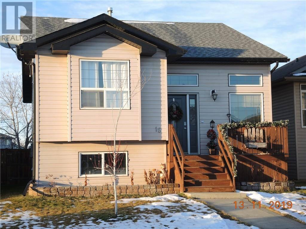 House for sale at 16 Hunter Rd Sylvan Lake Alberta - MLS: ca0183649