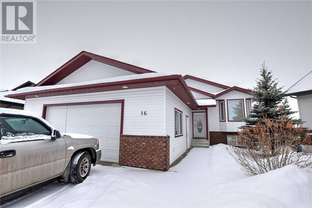 House for sale at 16 Isaacson Cres Red Deer Alberta - MLS: ca0186601