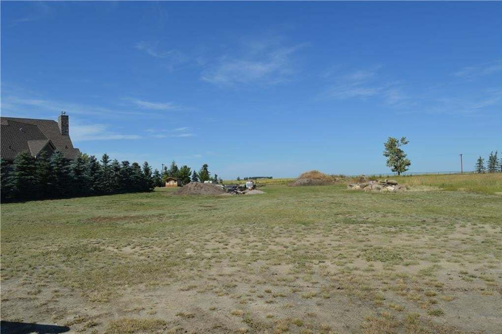 Residential property for sale at 16 Kautz Cl Lakes Of Muirfield, Lyalta Alberta - MLS: C4297410