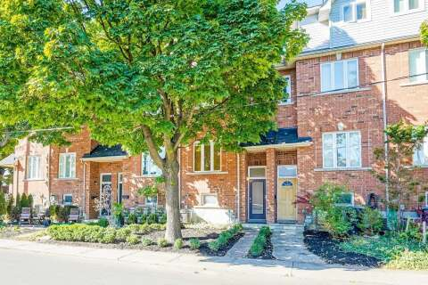 Townhouse for sale at 16 Lightbourn Ave Toronto Ontario - MLS: W4925385