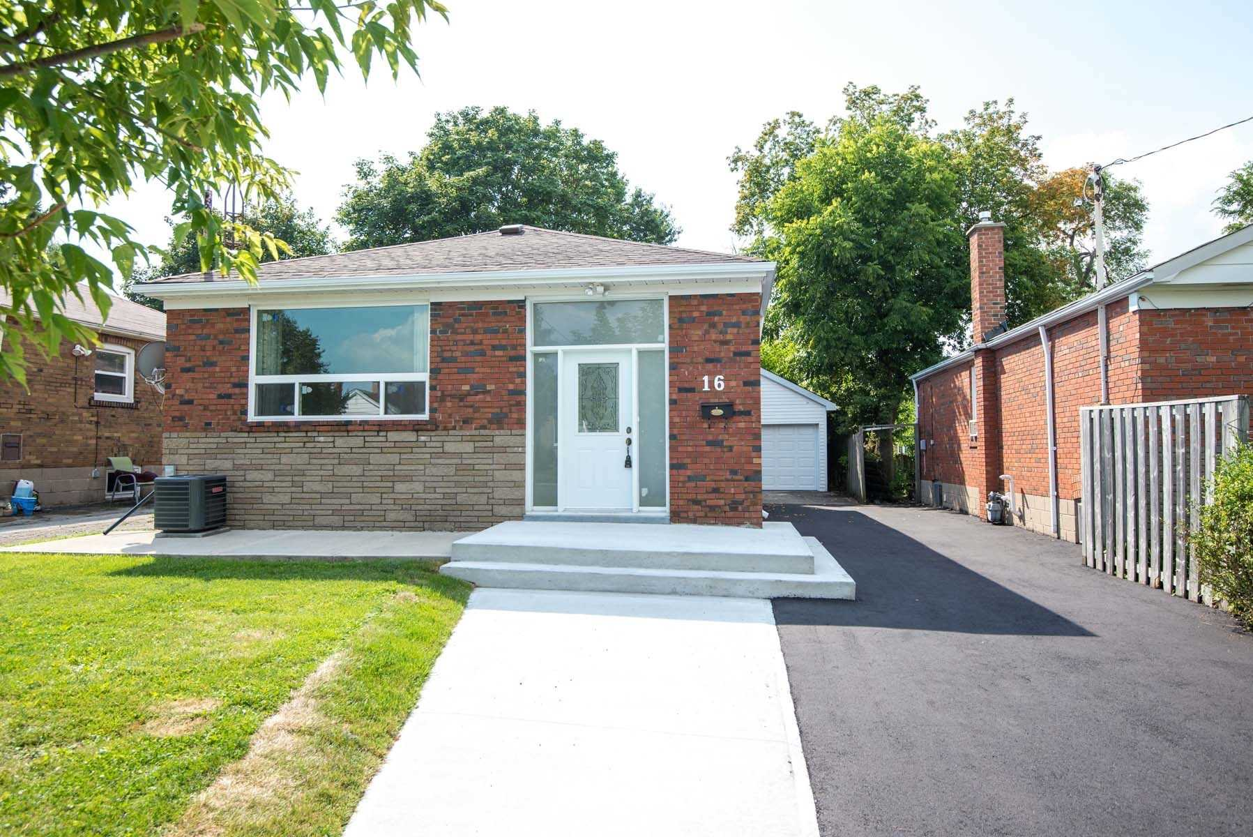 For Sale: 16 Lombardy Crescent, Toronto, ON | 3 Bed, 2 Bath House for $786000.00. See 20 photos!