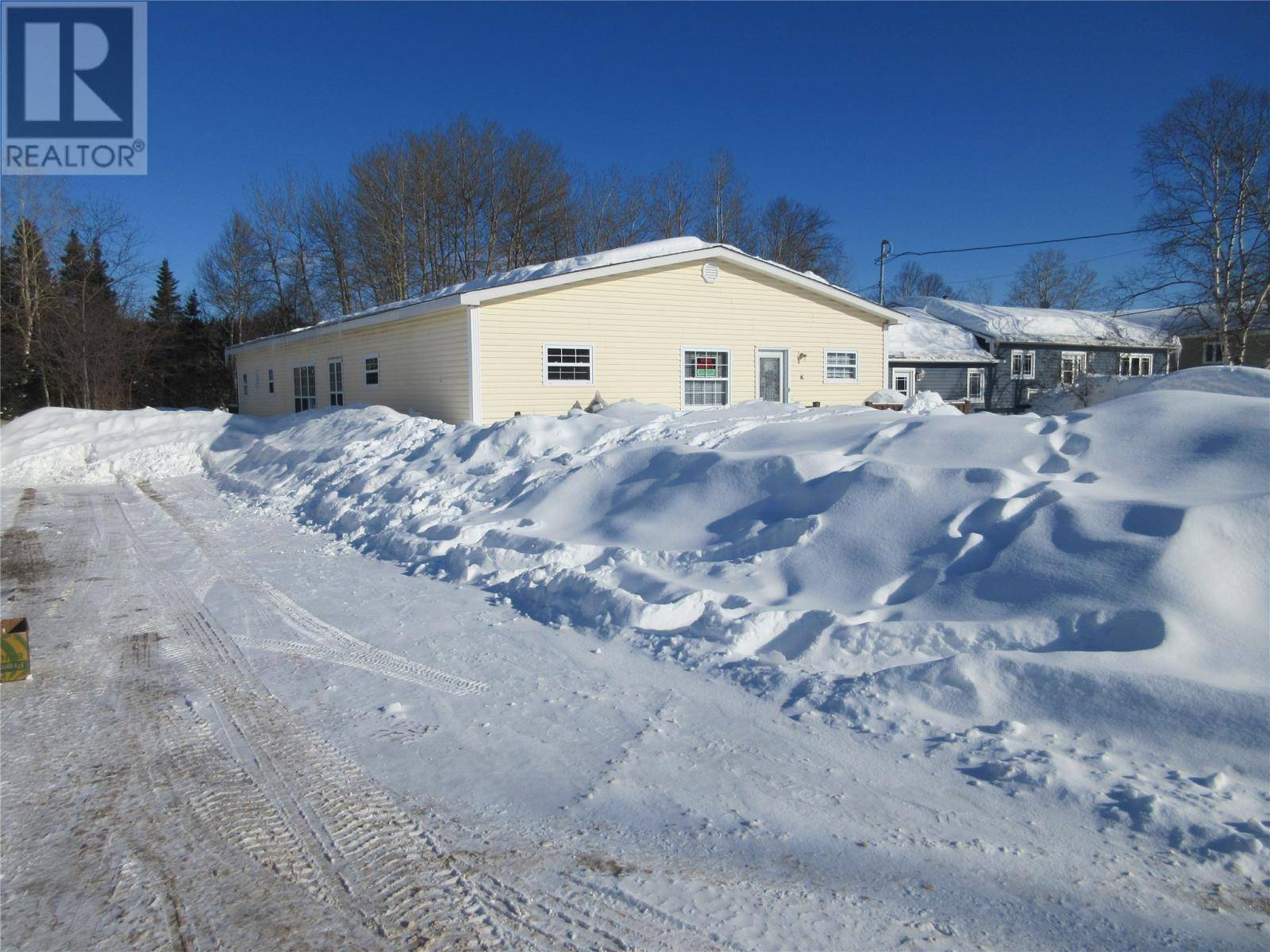 House for sale at 16 Main St Bishop's Falls Newfoundland - MLS: 1211446