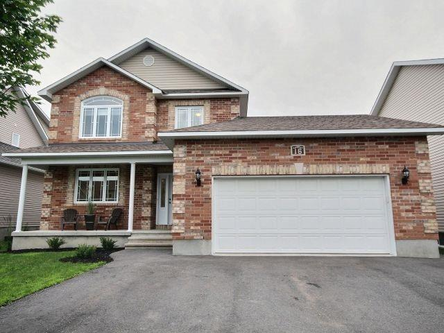 For Sale: 16 Pebblemill Lane, Russell, ON | 4 Bed, 5 Bath Townhouse for $609,999. See 19 photos!