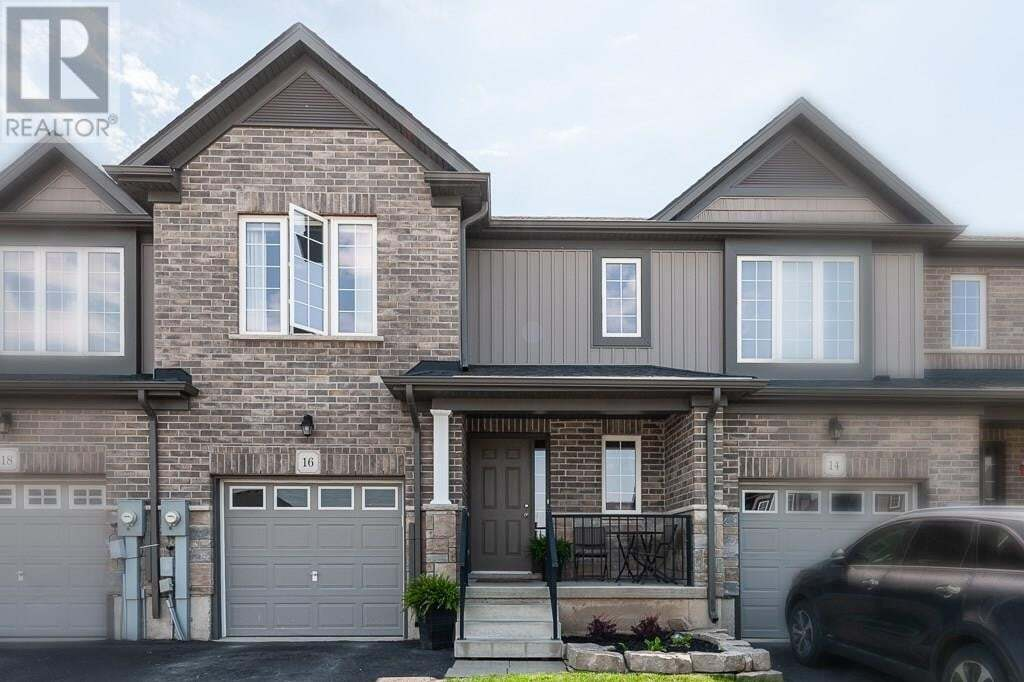 Townhouse for sale at 16 Robertson Dr Stratford Ontario - MLS: 30811307