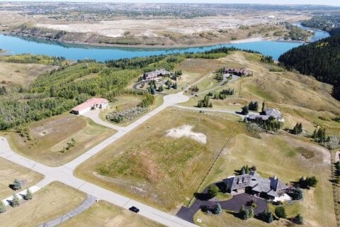 Home for sale at 16 Rodeo Dr Rural Rocky View County Alberta - MLS: A1032415