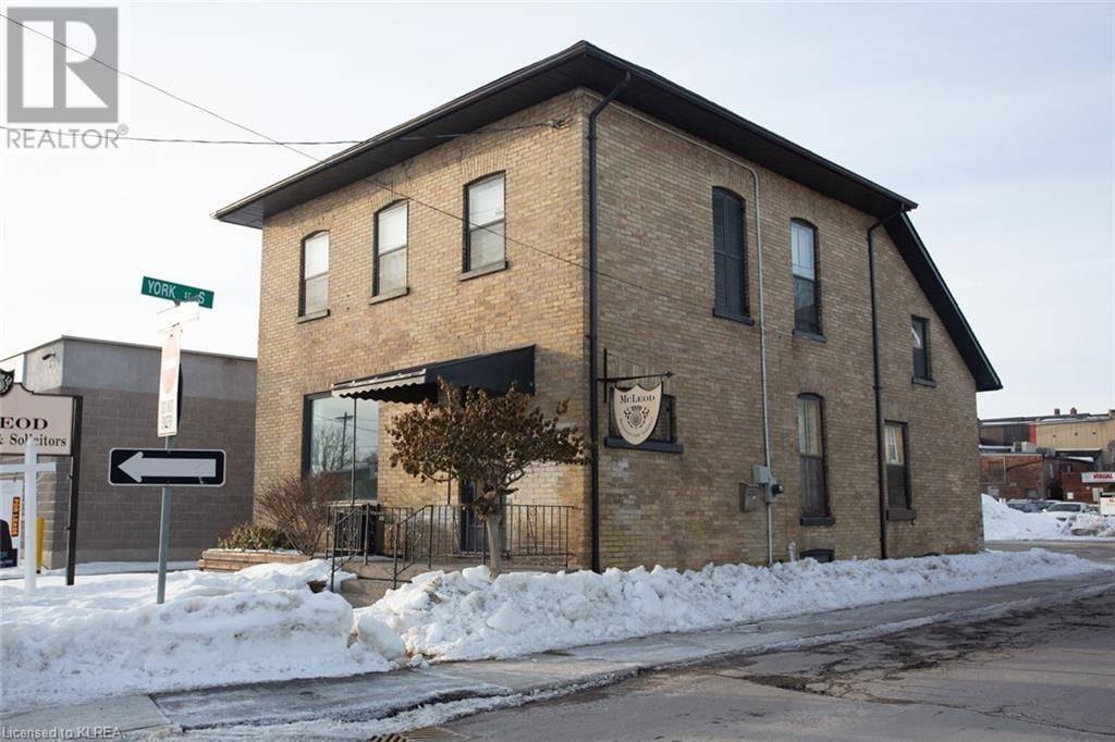 Commercial property for sale at 16 Russell St West Lindsay Ontario - MLS: 242198