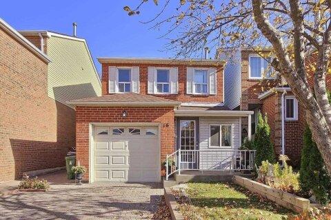 House for sale at 16 Tilburn Pl Toronto Ontario - MLS: E4993080