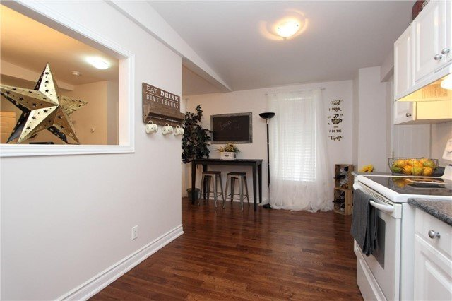 For Sale: 160 Bruce Street, Oshawa, ON   2 Bed, 2 Bath House for $479,999. See 19 photos!