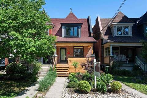 Townhouse for sale at 160 Garden Ave Toronto Ontario - MLS: W4815150