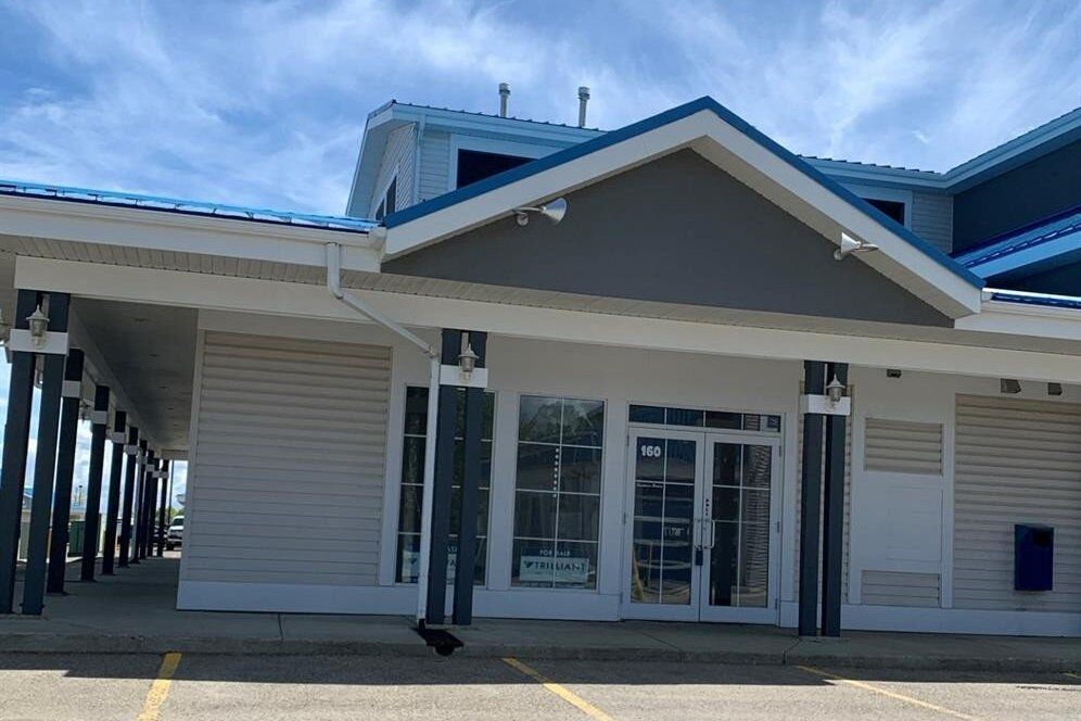 Commercial property for sale at 160 Hewlett Park Landng Sylvan Lake Alberta - MLS: A1001713
