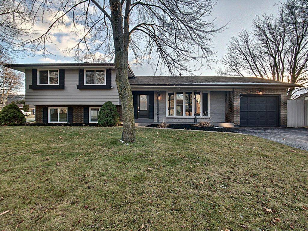 House for sale at 160 Westbury Ave Stoney Creek Ontario - MLS: H4070114