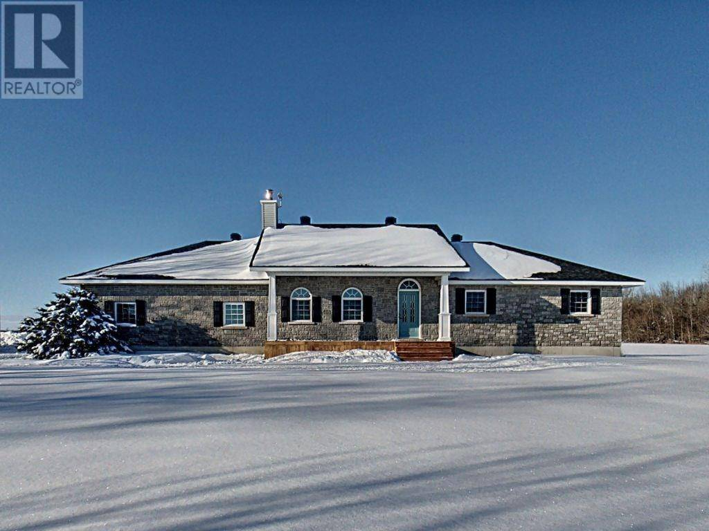 House for sale at 1600 Russell Rd South Russell Ontario - MLS: 1182601