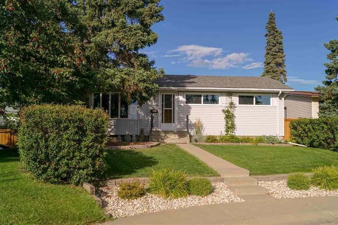 House for sale at 16002 110a Av NW Edmonton Alberta - MLS: E4215051