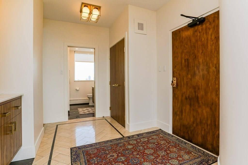 Condo for sale at 11826 100 Ave Nw Unit 1601 Edmonton Alberta - MLS: E4157637