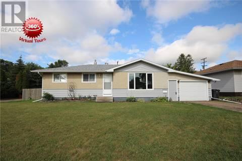 House for sale at 1601 91st St North Battleford Saskatchewan - MLS: SK776122
