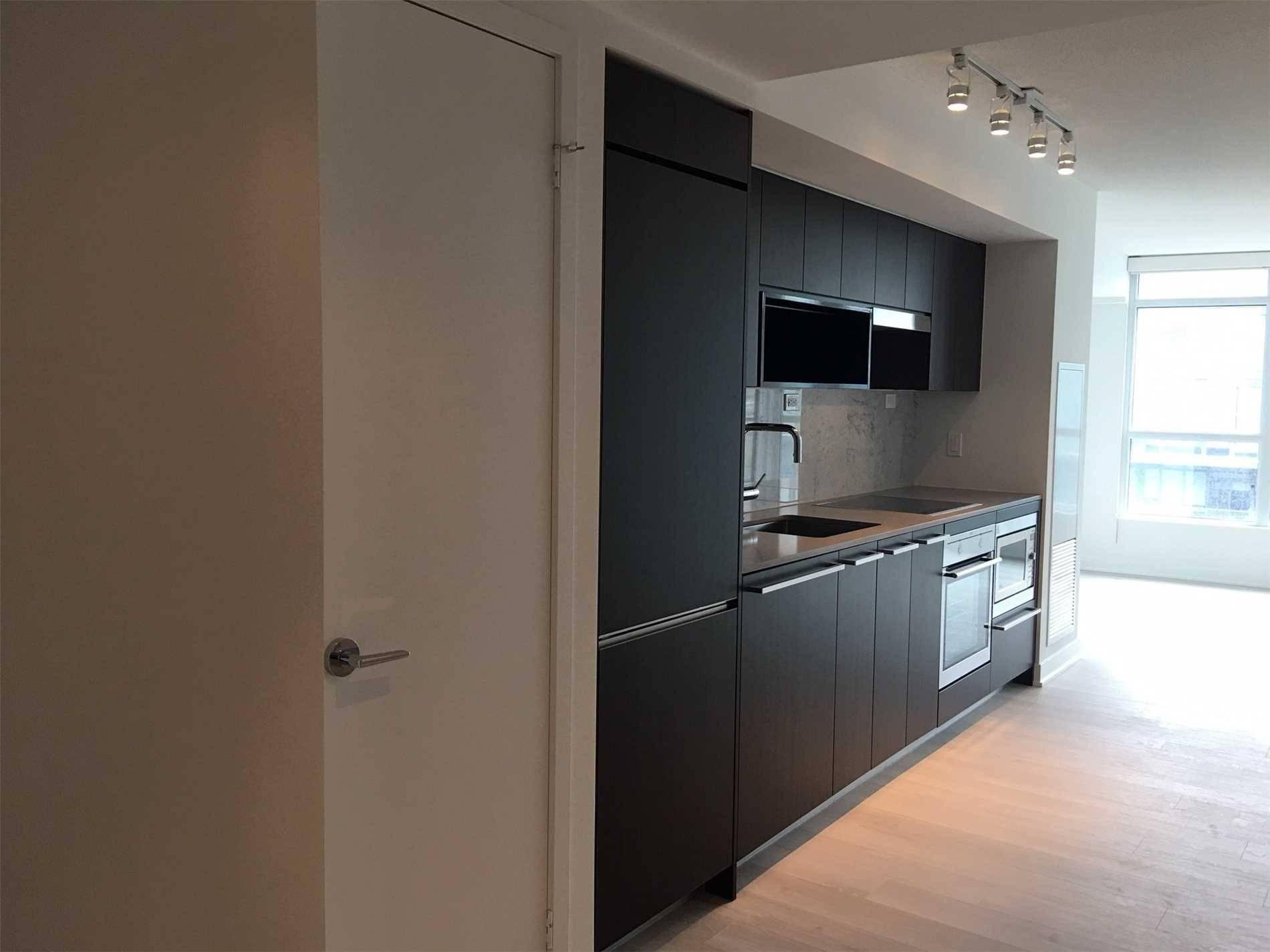 Newton Condos Condos: 80 Queens Wharf Road, Toronto, ON
