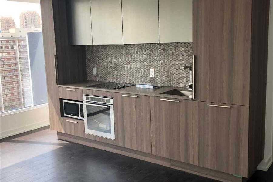 Apartment for rent at 85 Wood St Unit 1603 Toronto Ontario - MLS: C4787362