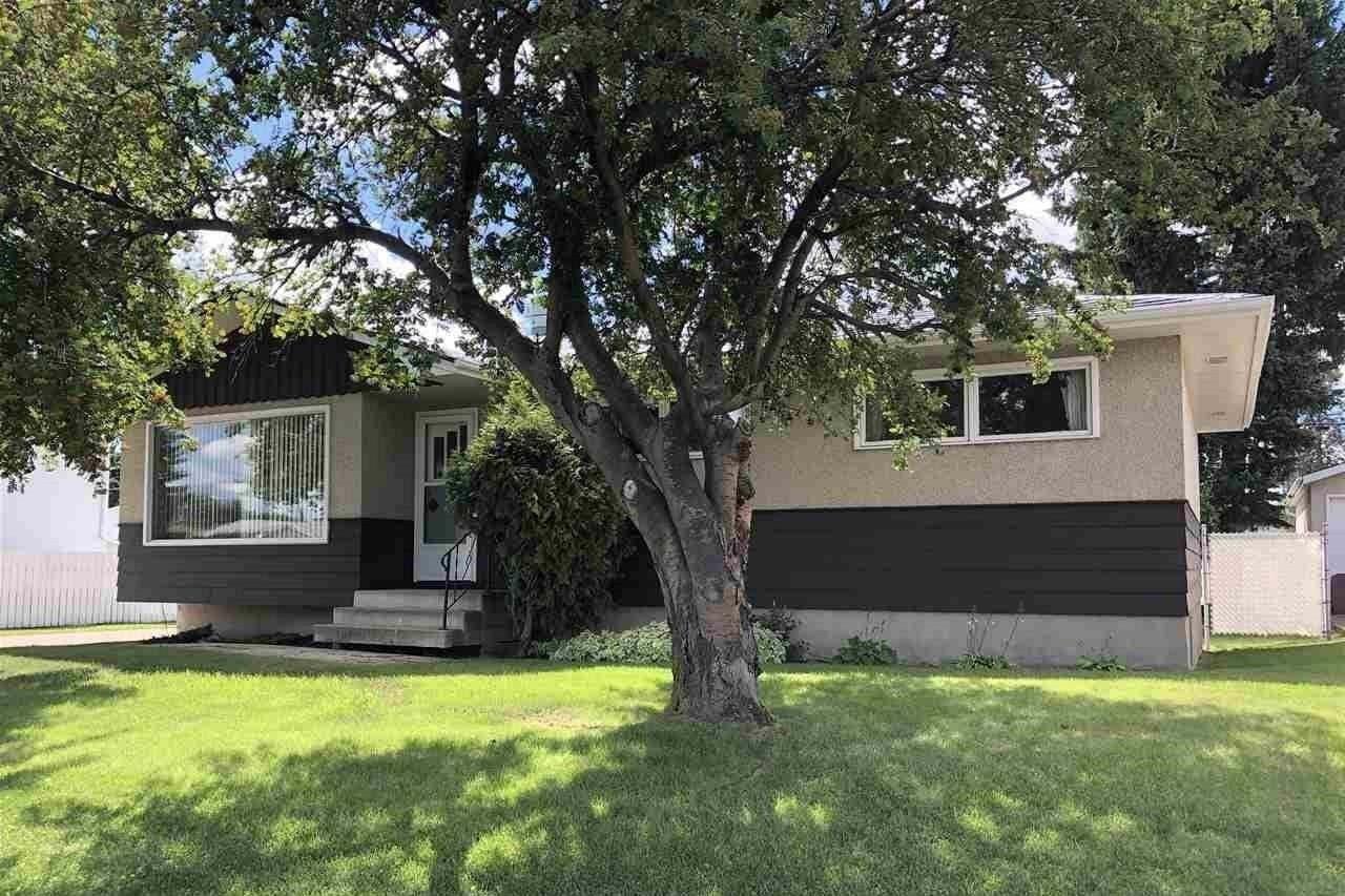 House for sale at 16037 95 Av NW Edmonton Alberta - MLS: E4207838