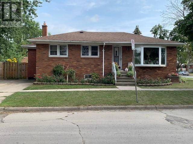 House for sale at 1604 Pillette  Windsor Ontario - MLS: 19023685