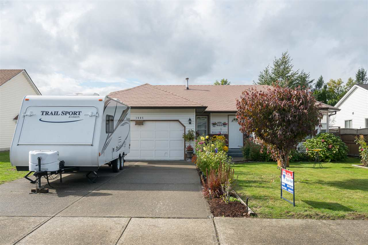 For Sale: 1605 Maple Crescent, Agassiz, BC | 3 Bed, 2 Bath House for $495,000. See 20 photos!