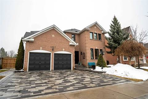 House for sale at 1607 Valley Ridge Cres Pickering Ontario - MLS: E4711874